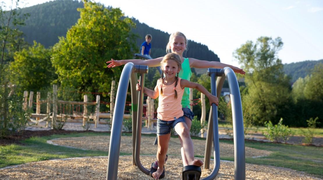 Baiersbronn im Schwarzwald, Genussraum für die Seele, Mehrgenerationen, Spielplatz. Familie
