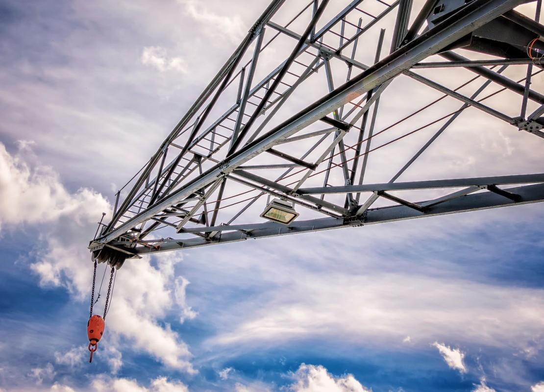 crane-2634254_1920_ret